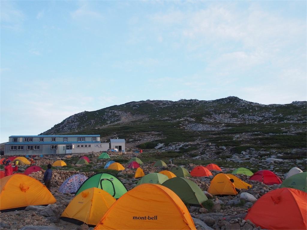 駒ヶ岳頂上山荘のテント場