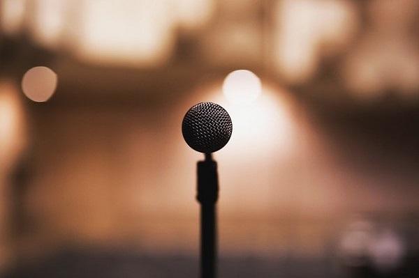 選ぶ 上手い の 歌手 家 歌 声楽 男性 が
