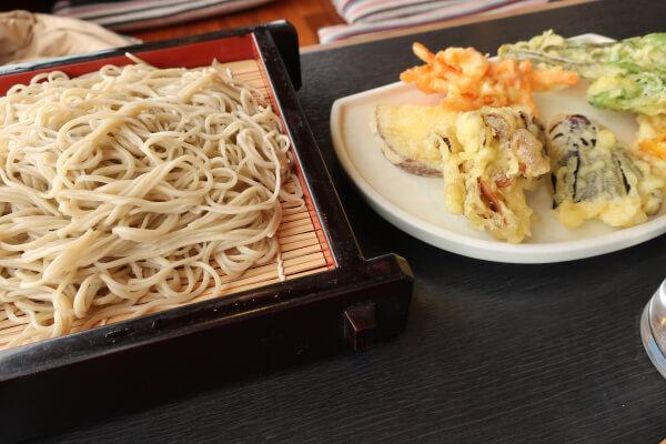 蕎麦屋 登美 天ぷらそば