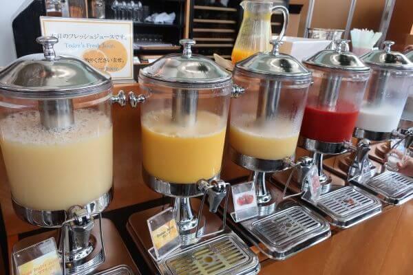 豊富なジュースコーナー(横浜ベイホテル東急)