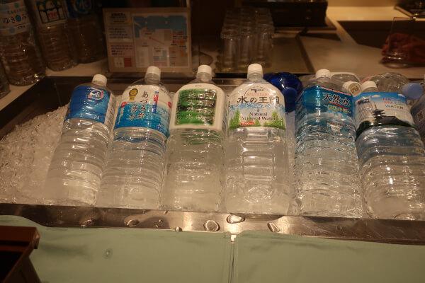 種類豊富な水たち(浅草ビューホテル)