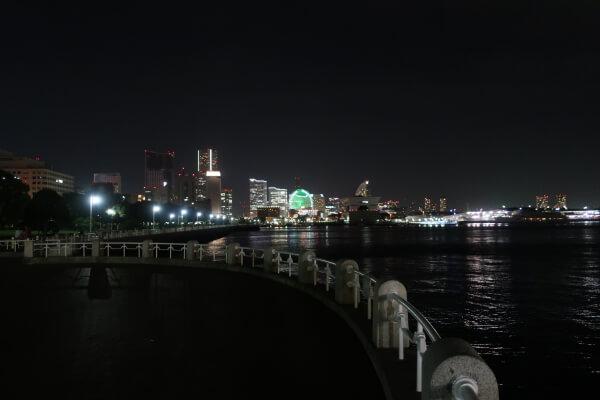 徒歩ですぐの山下公園からの夜景♡【エスカル横浜】