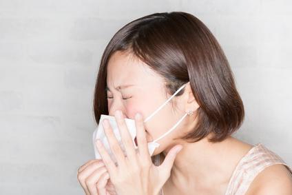 花粉症はなぜ起きる?花粉症が起こるメカニズムは?