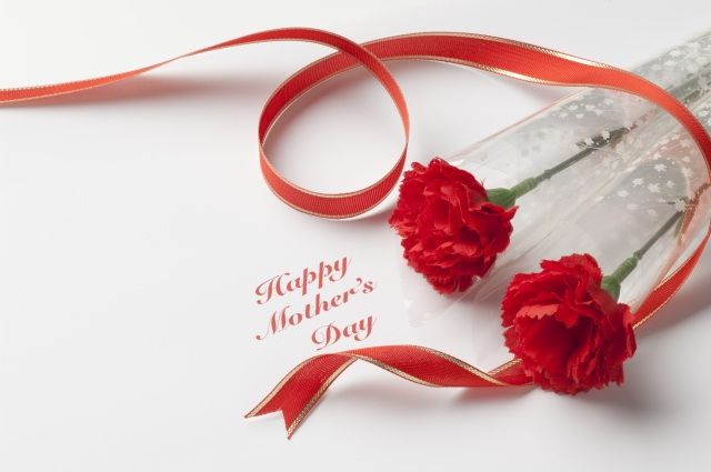 母の日のプレゼントは何が良いでしょう?全ての母親が「ありがとう」「嬉しい」と言うプレゼントの紹介!