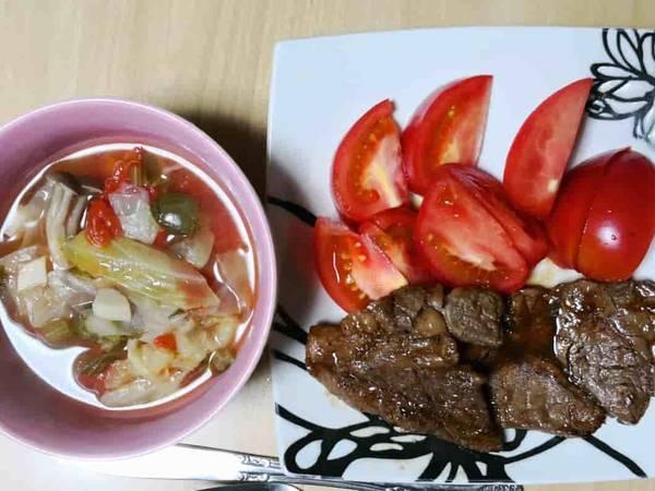 トマトとお肉