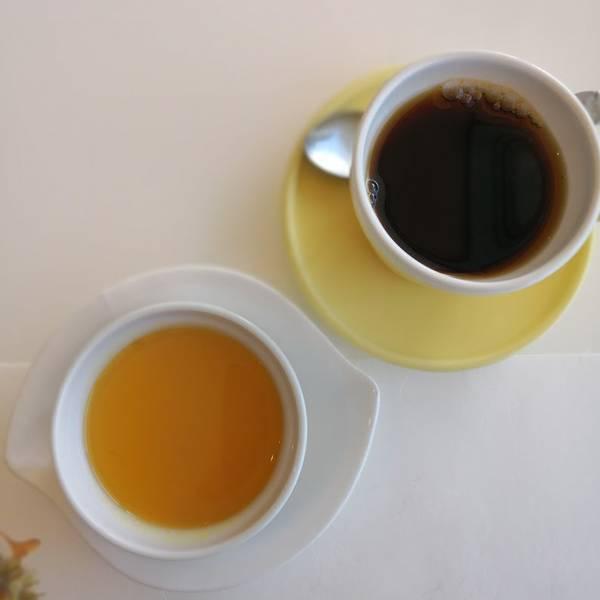 かぼちゃぷりんとコーヒー