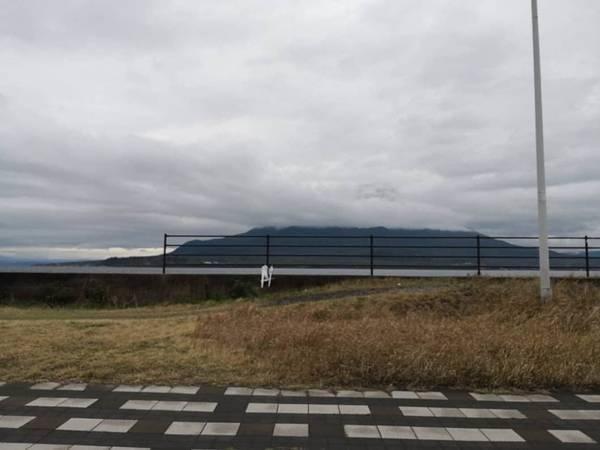 桜島雲で見えない
