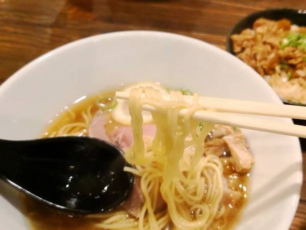 ムギノチカラ鮮魚系鯛らー麺