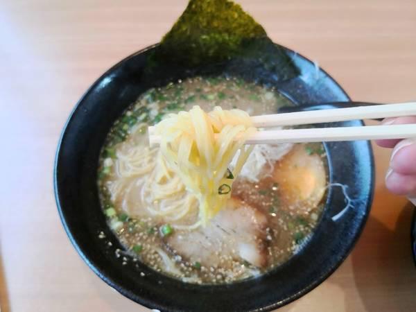麺匠志輝魚介豚骨ラーメン