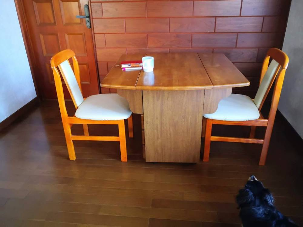 我が家のダイニングテーブル