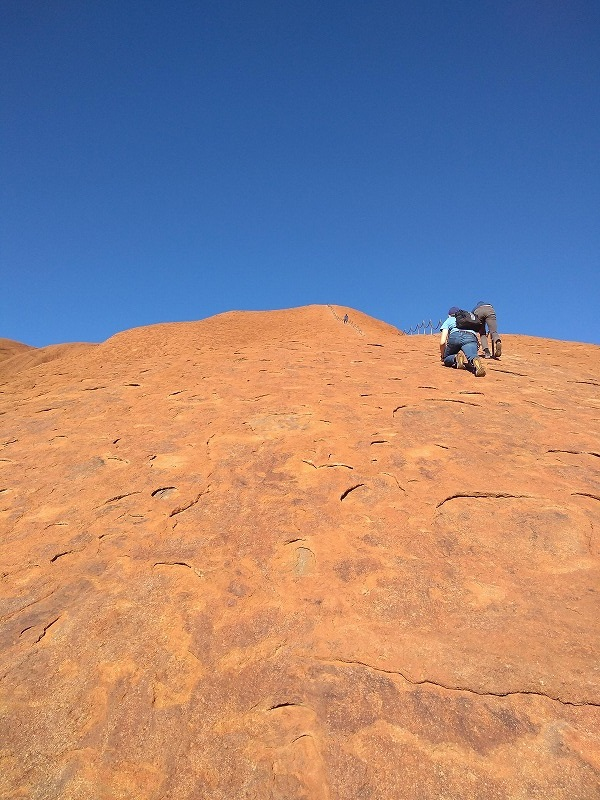 ウルル登頂