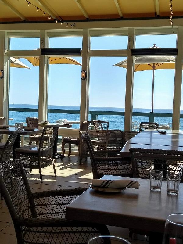 ラグナビーチ:Driftwood Kitchen