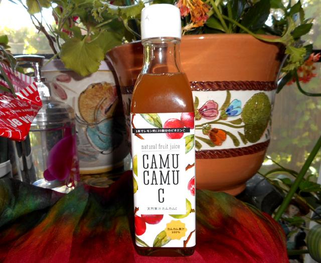 100%のカムカム果汁
