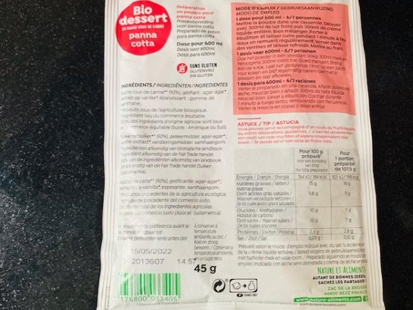 一袋で600ml分のパンナコッタ液をつくることができます。