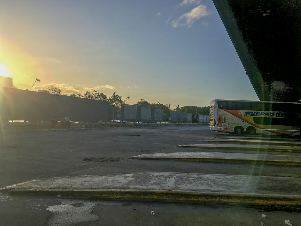アルゼンチン・ブエノスアイレスのバスターミナル