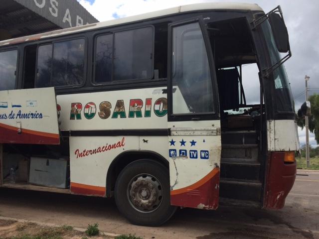 パラグアイ〜ボリビアの国際バス