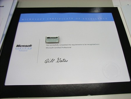 microsoft certificate professionalのwelcome kitが届いた とある