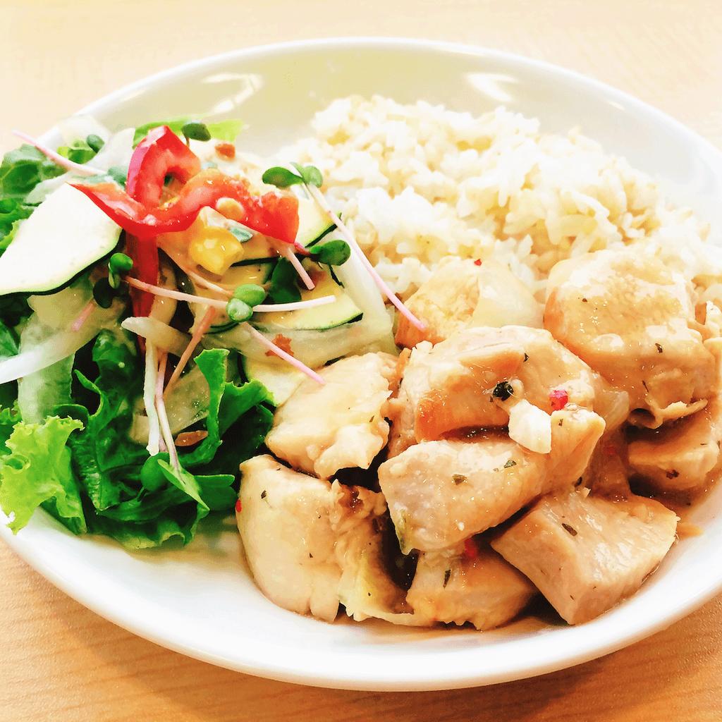 今日のランチ:鶏胸のスイートチリソース炒め