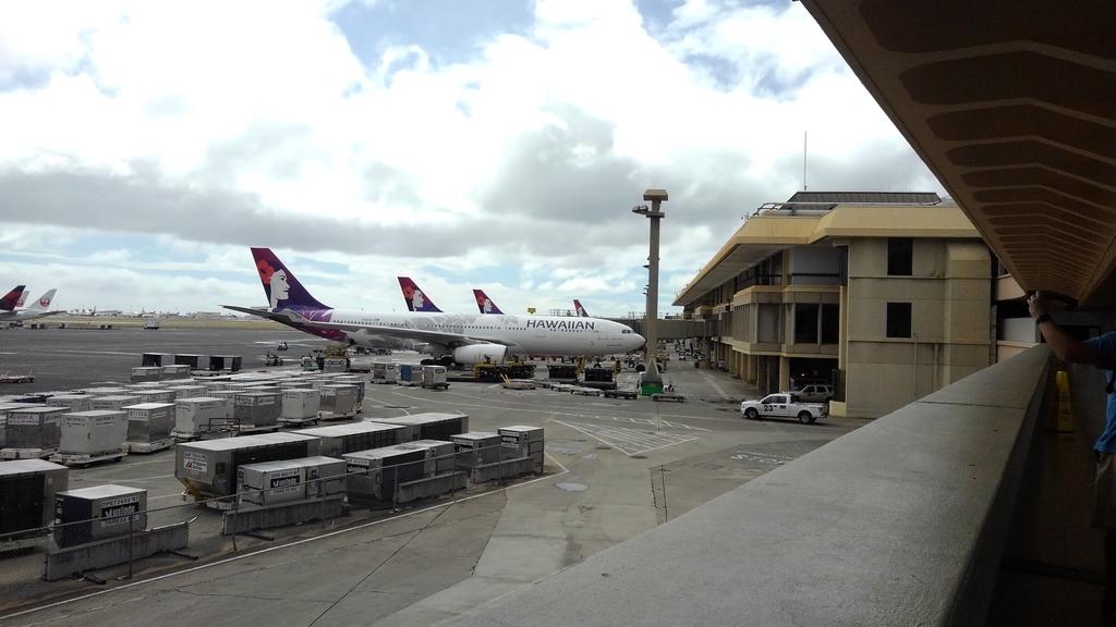 ハワイアン航空全然揺れなかった。