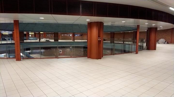 馬車道駅地下1階