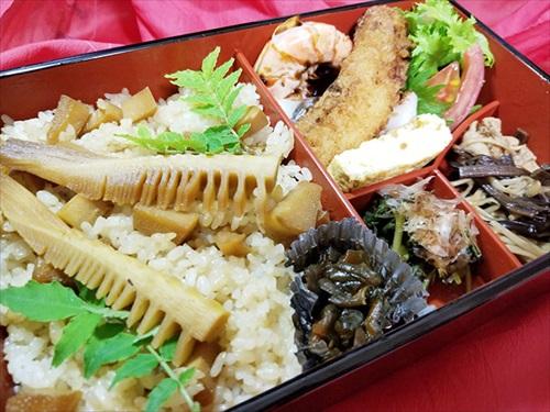 津田園本店 お弁当「たけの子」 実食
