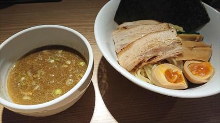 特製つけ麺 【麺屋みちしるべ】 (二子玉川駅)