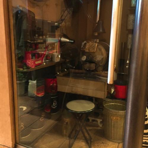 VERDE CANA,店内,焙煎機