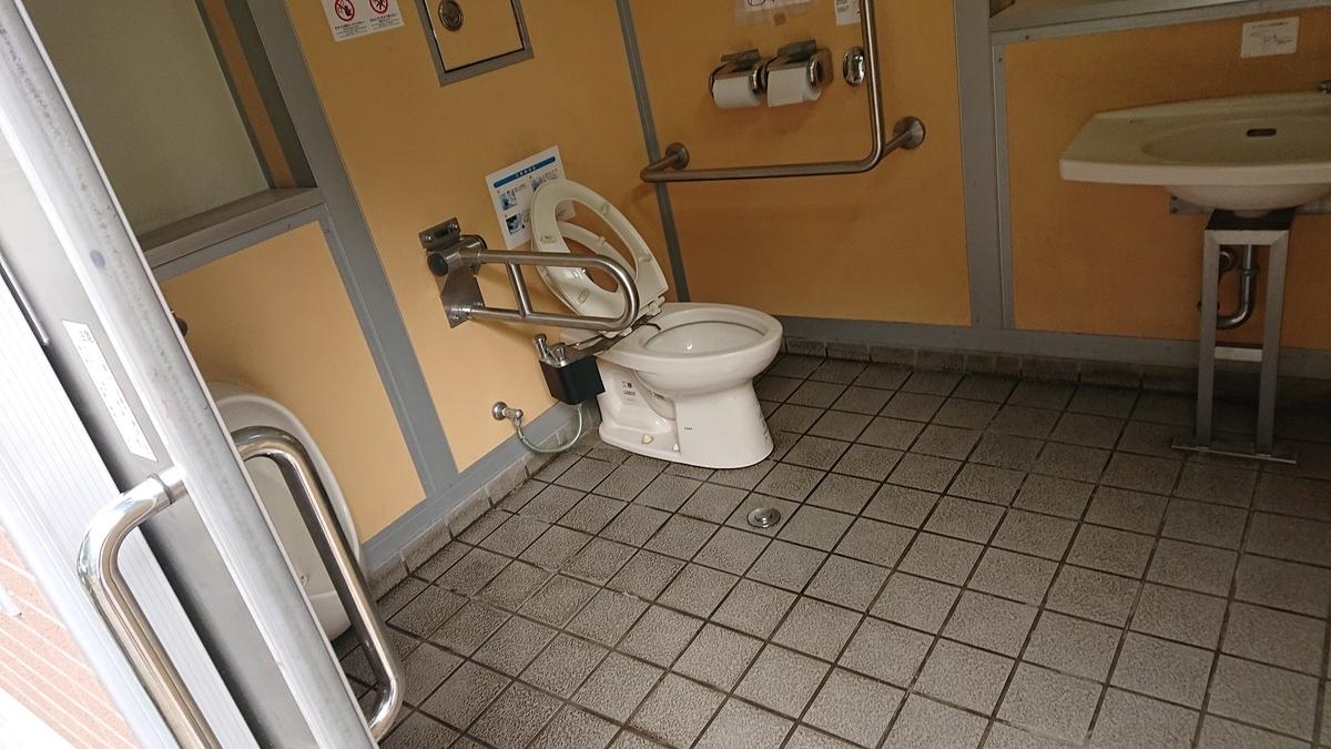 森下4丁目児童遊園のトイレ