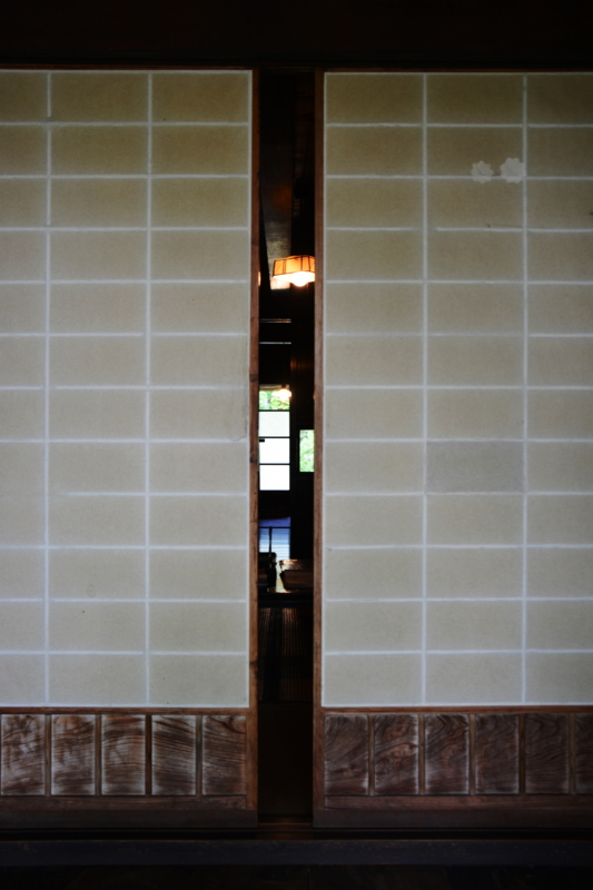 京都新聞写真コンテスト「障子の向こう」