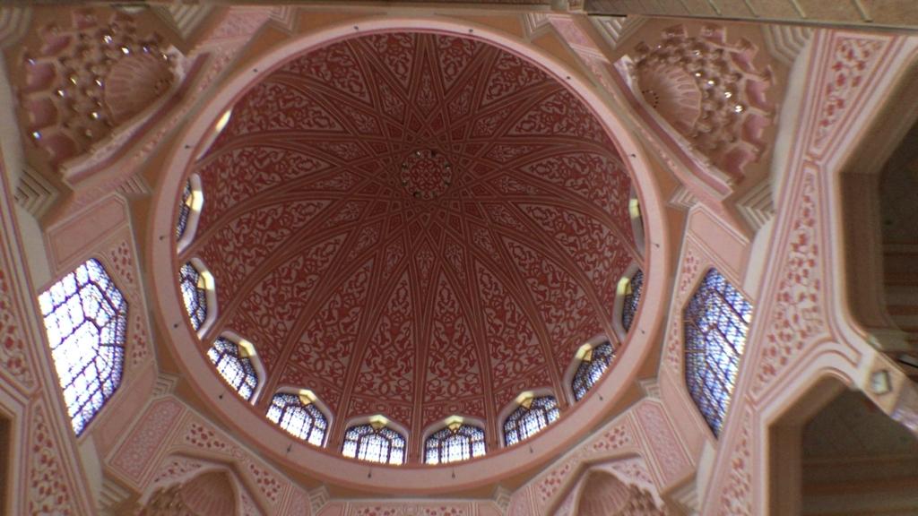 pink mosque2