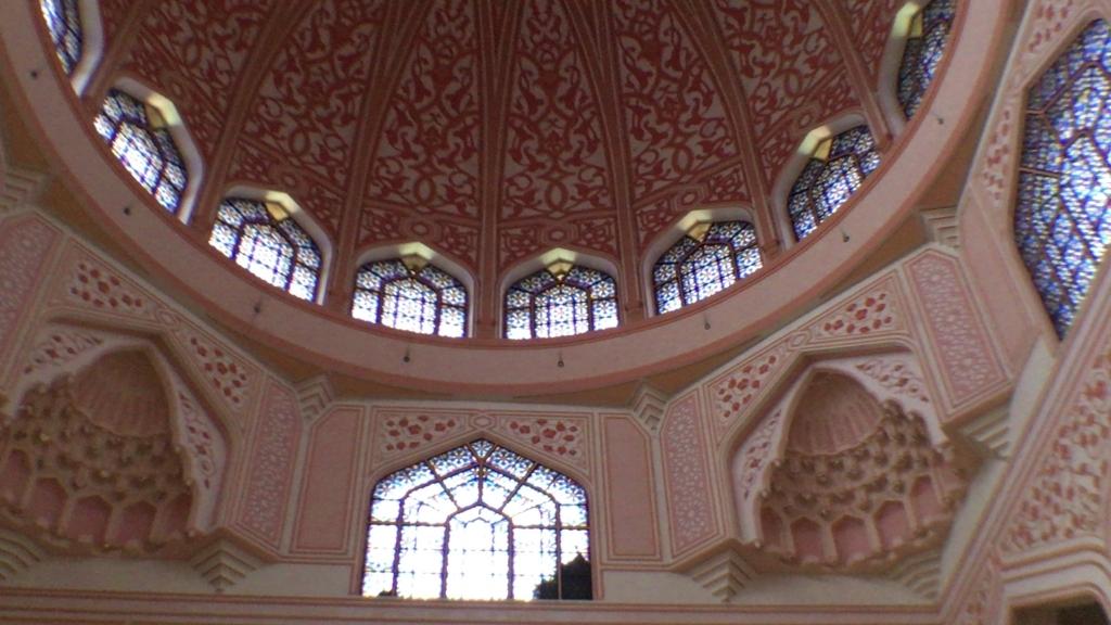 pink mosque3