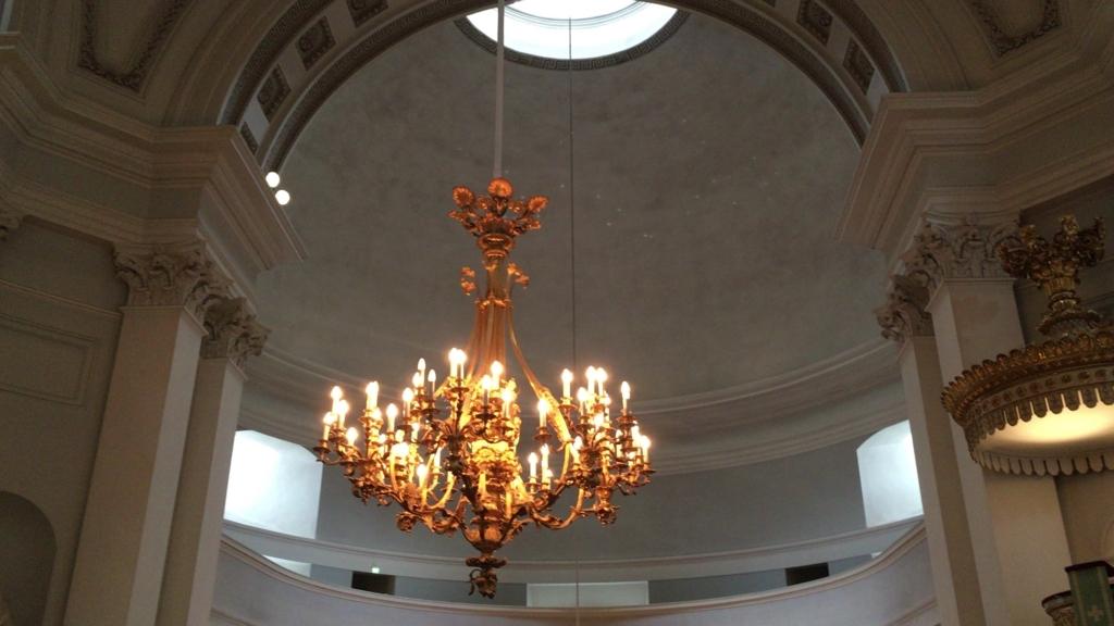 Helsingin tuomiokirkko chandelier