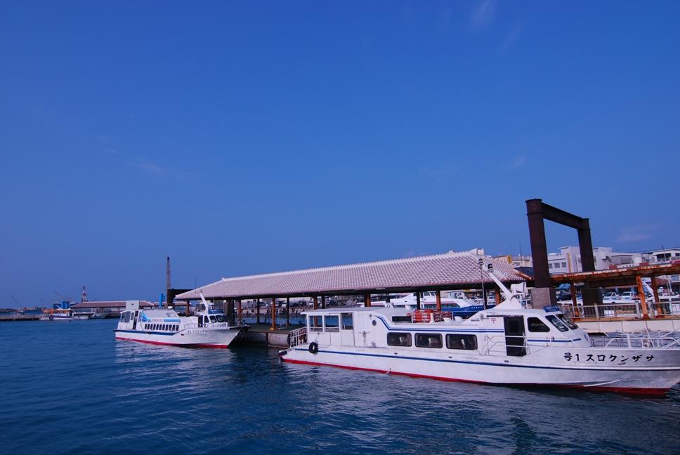 石垣島 離島桟橋の朝