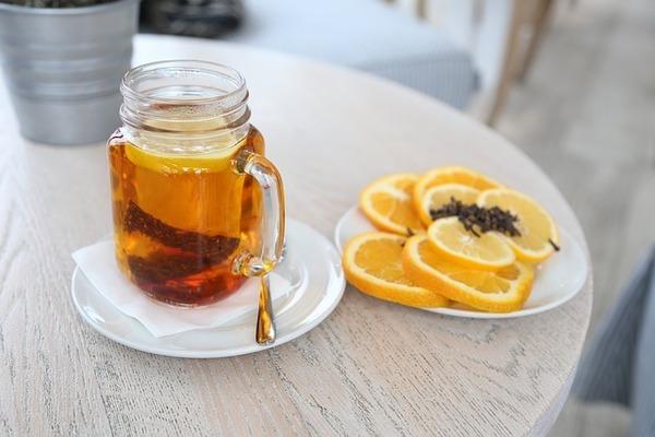 柑橘類でアレンジしたルイボスティー。効果がでたと実感するためには毎日続けたいけどルイボスティーの臭いや味が苦手な妊活中の男性におすすめです。