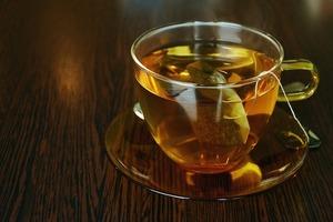 ルイボスティーが妊活にもよいお茶で、冷え性や生理痛緩和に効果・効能があったという口コミ。