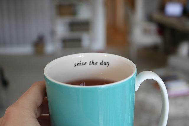 妊活でルイボスティーを一日に飲む量は、カップ2~3杯(500ml)程度が適当。ただ、摂取量に限度はありません。