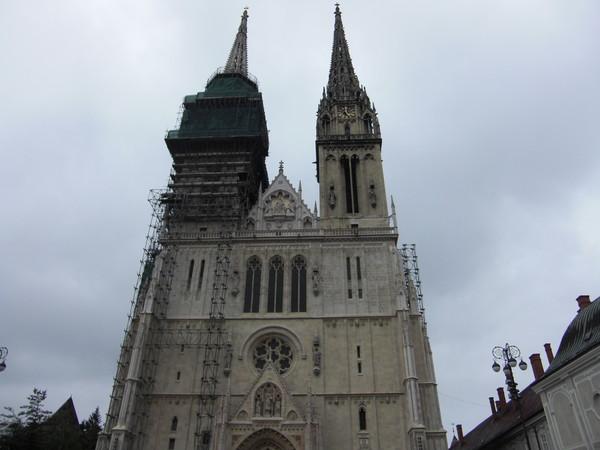 聖母彼昇天教会