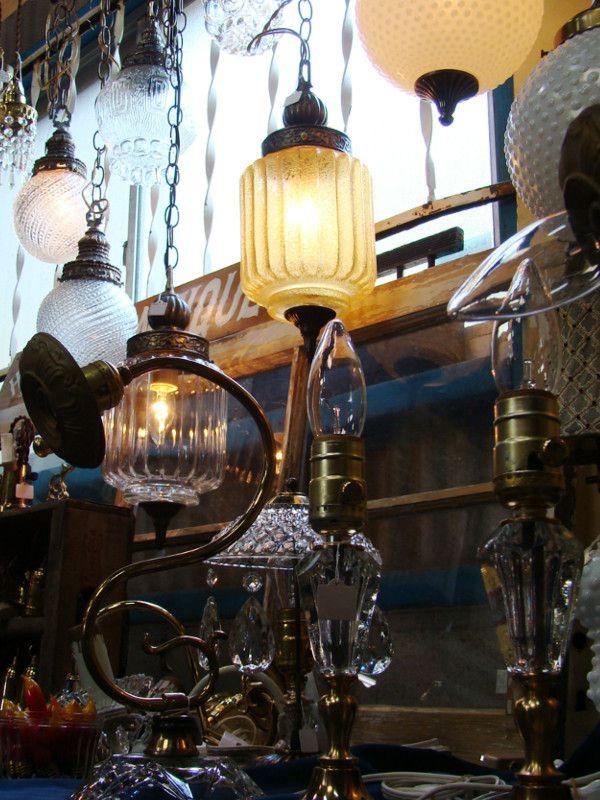 様々な古い照明器具