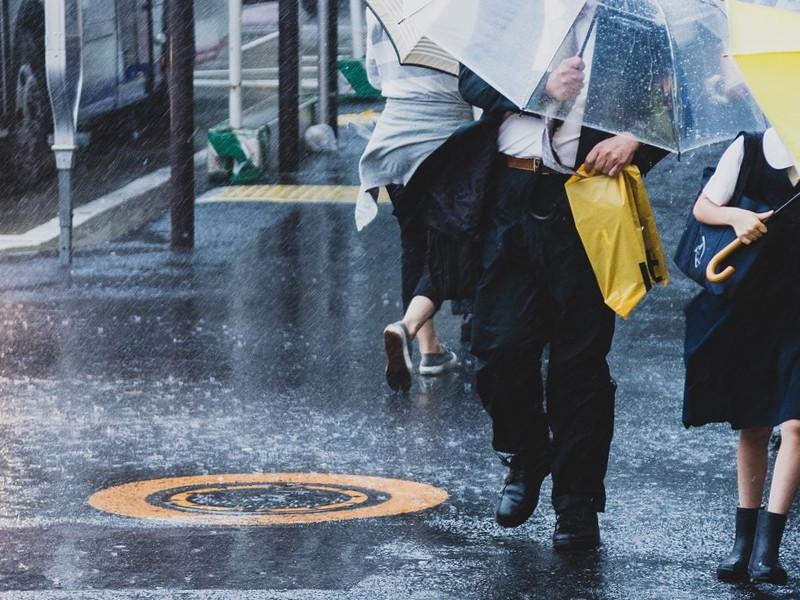大雨に伴い配送に遅延が発生する恐れ