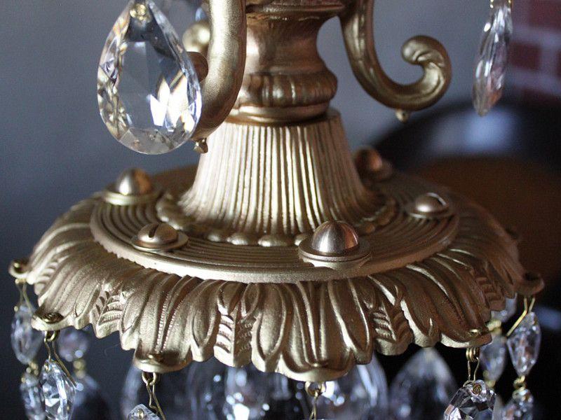 ヴィクトリアン調の美しいシャンデリアパーツ