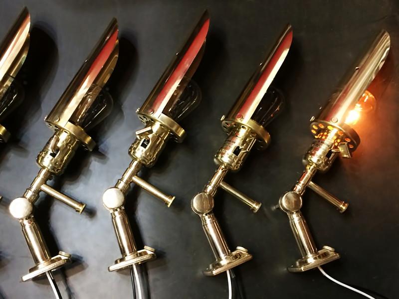 真鍮製インダストリアル筒型シェード付ブラケットライト|工業系ミシンライト