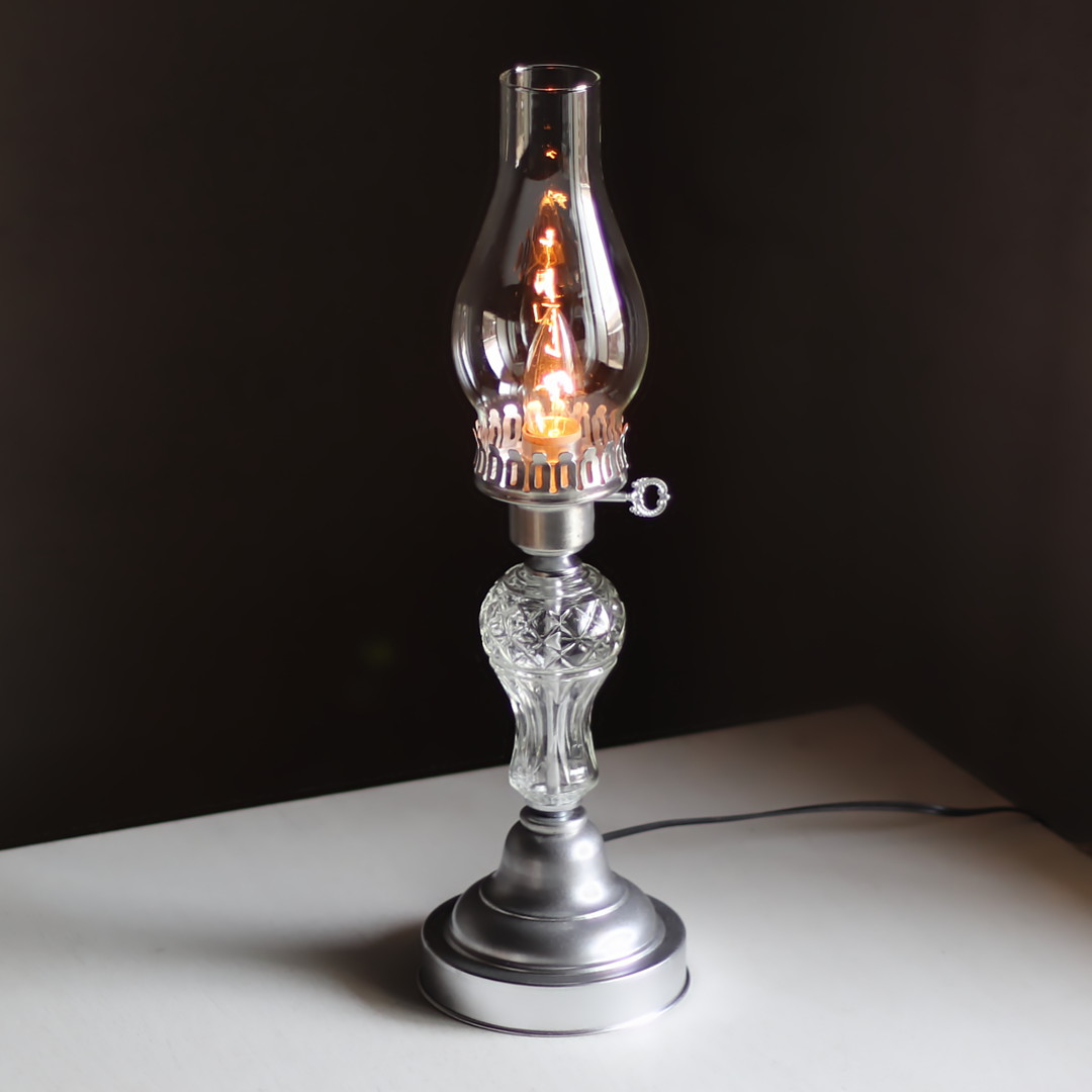アンティーク卓上照明|USAヴィンテージガラスハリケーンチムニーテーブルライト