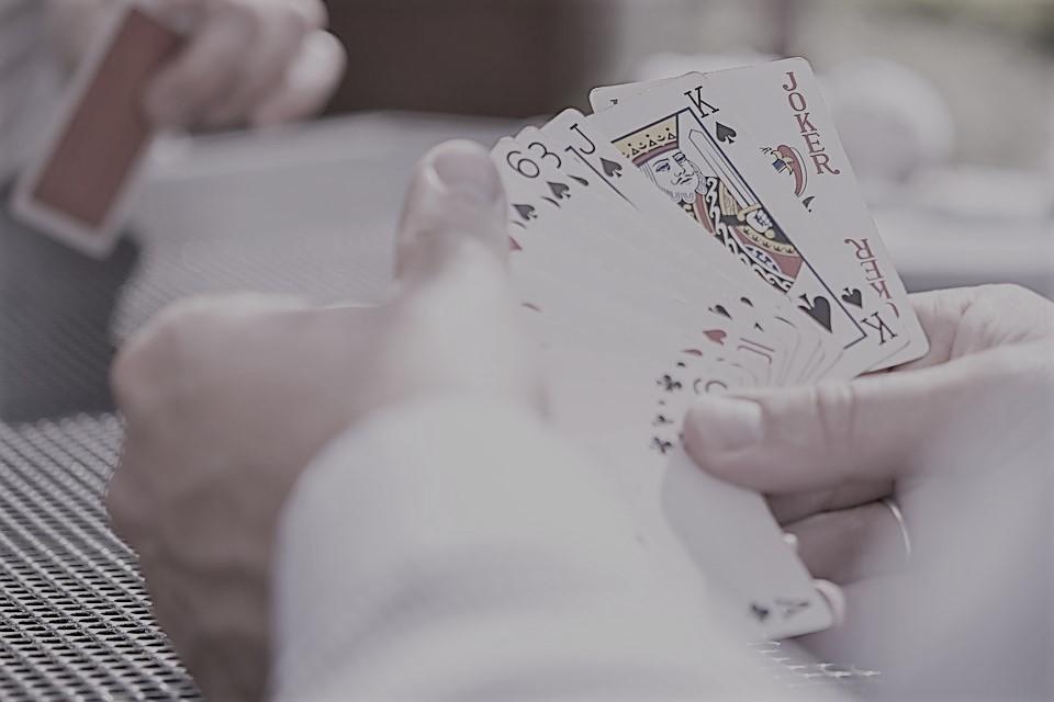 Ilmu Dasar Agar Mudah Menang Bermain di Agen Judi Poker