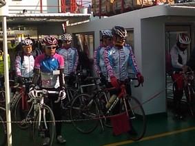 2012年3月25日-島にサイクリストがわんさか...しまなみ縦走