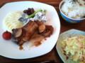 [twitter] お昼のラムチョップ。Cafeそよ風の本日のランチ。