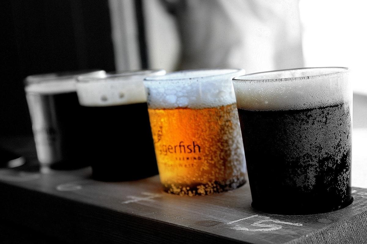 ビールが並んでいる画像