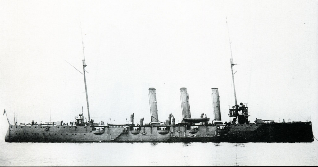 Japanese_cruiser_Otowa