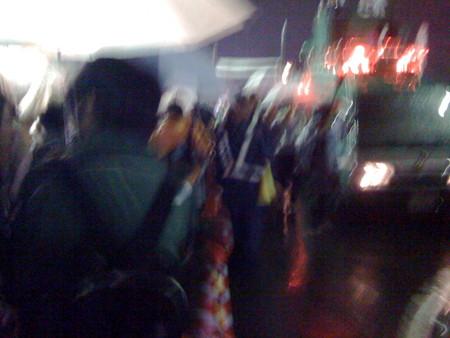 2008年 調布市花火大会 交通整理する警察官