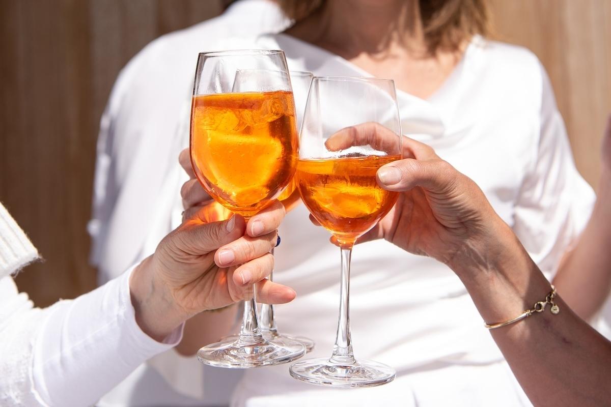 酒を飲む夫婦は長続きする?