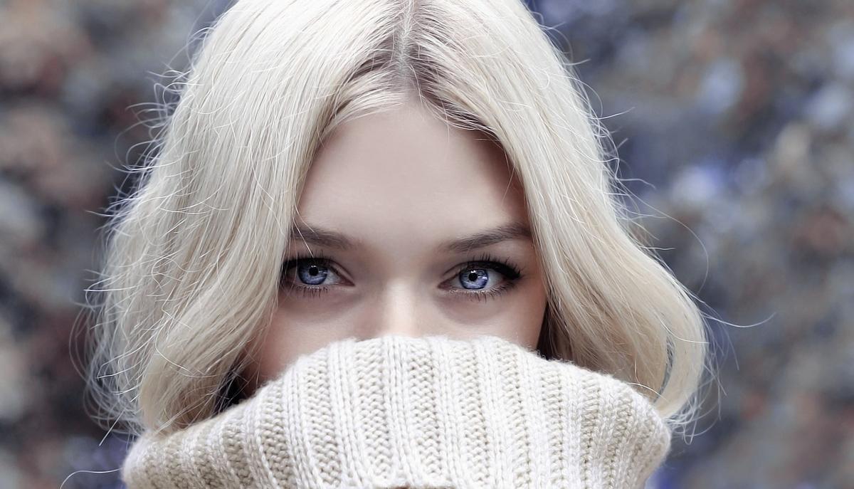 目線と心理の関係性